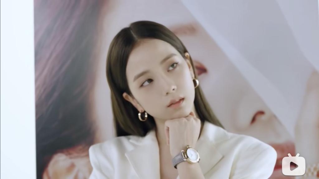 Cartier x Jisoo -Bilibili -ocial media en chine